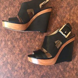 Michael kors black leather & wooden platform shoes